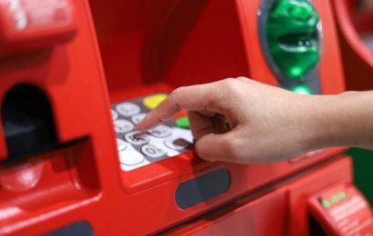 Banking incentives: Banks are incentivising you to switch – but which offer the best deal?