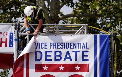 Mike Pence and Kamala Harris vice presidential debate to have plexiglass barrier because of coronavirus concerns