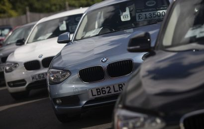 BMW Joins Daimler Getting Boost From Speedy Auto-Sales Recovery
