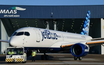 JetBlue just revealed its newest jet, the Airbus A220 that will replace some of its oldest aircraft  – take a look