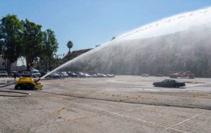 LA debuts first firefighting robot in the country, deploys it in downtown blaze