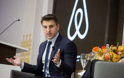 Airbnb's IPO filing shows it's navigating the pandemic better than travel industry peers