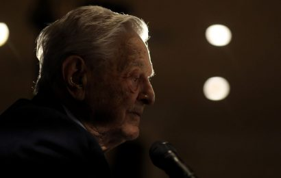 Soros's Money Managers in U.K. Poised for $38 Million Windfall