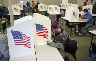 U.S. Futures Jump on Speculation Over Clear Election Outcome