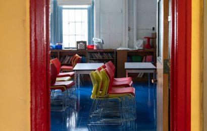 NYC Mayor Says Schools 'Thankfully' Will Remain Open on Monday