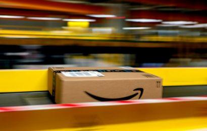 Amazon Once Encouraged Holiday Procrastinators. Not This Year