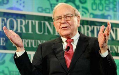 Warren Buffett Makes Monumental Changes in Bank, Pharma, Tech Stock Holdings