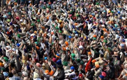 India's government to meet farmers as thousands protest against farm reforms