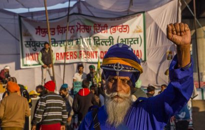 Protesting Indian farmers call for second strike in a week