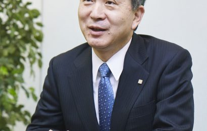 Past Savior of Japan Airlines Expects Old Values to Beat Covid