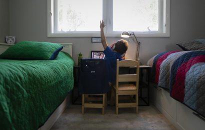 Affluent Families Ditch Public Schools, Widening U.S. Inequality