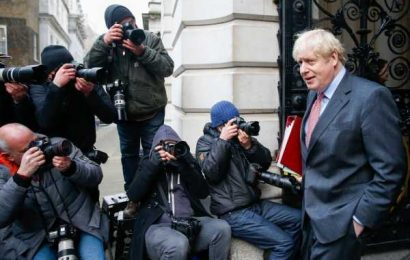 Johnson Warns Situation 'Tricky' Ahead of Talks: Brexit Update