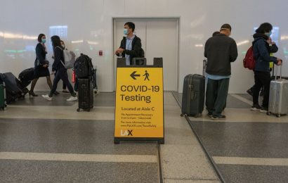 American Air Expands Virus Testing in Bid to Boost U.S. Travel