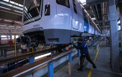 German Factories Saw Bottlenecks in Days Before New Lockdown