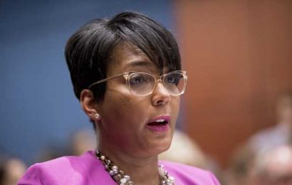 Rising Democratic star Bottoms takes heat as Atlanta homicides soar
