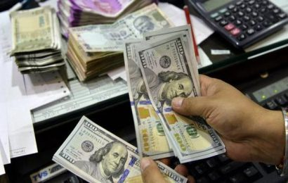 Rupee surges 15 paise to 73.48 against US dollar in early trade