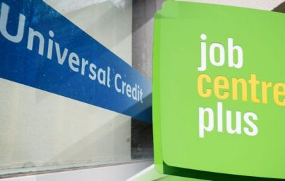 'The future is Universal Credit' DWP minster addresses calls for £20 legacy benefit uplift