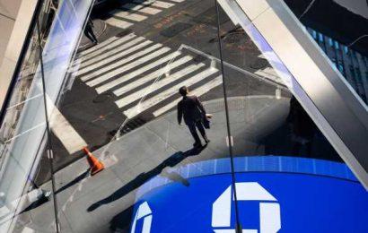 JPMorgan's Trading Surge, Credit Outlook Fuels Record Profit