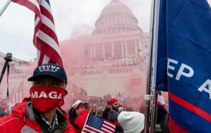 Pro-Trump mob breaks into US Capitol