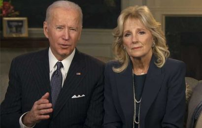 The Bidens Hold Moment of Silence for COVID Victims Before Start of Super Bowl 2021