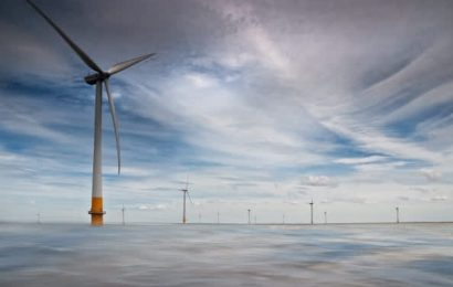 A wind turbine production plant in Britain will now get most of its power from renewable gas
