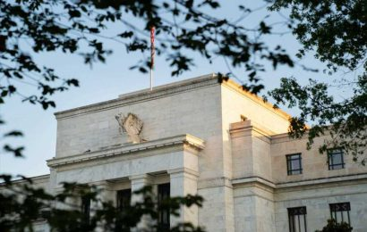 Commentary: The Fed has a simple tool it can deploy to curb market speculation