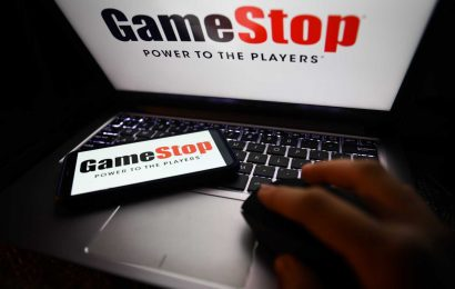 These two indicators could determine whether the GameStop rally is near its end