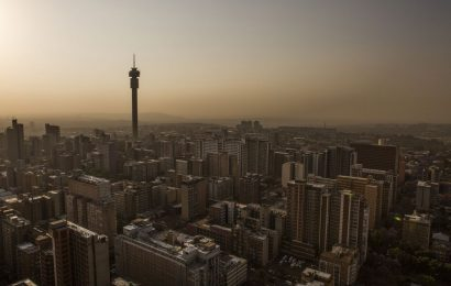 JPMorgan to BofA See Scope for Longer South African Stock Rally
