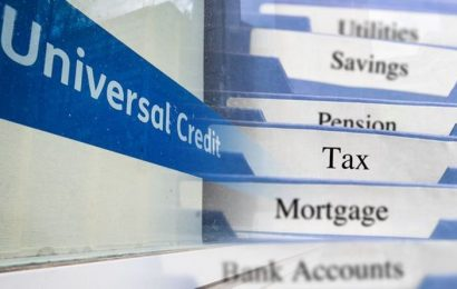Universal Credit claimants advised to apply for Council Tax discount 'straight away'