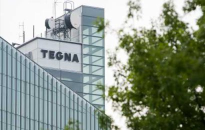 Tegna CEO Dave Lougee Stays On Hot Seat; Black Ex-Board Nominee Adonis Hoffman Accepts Apology But Rips Company Probe Of Valet Incident