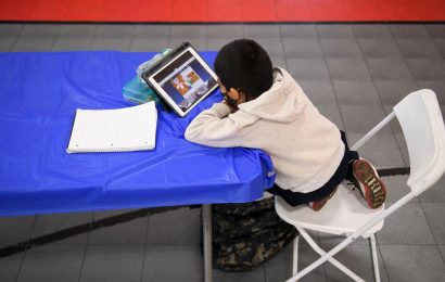 How the digital divide is impacting online learning amid pandemic