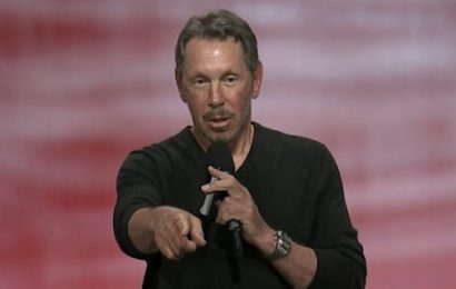 Larry Ellison says over 100 SAP customers are switching to Oracle, but SAP blasts the claim as 'spurious'