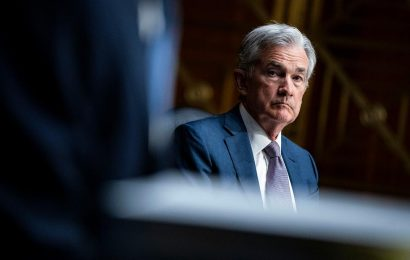 Fed chief: The economy is about to grow more quickly