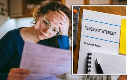 Pension auto-enrolment warning: Women struggle with minimum threshold – changes called for