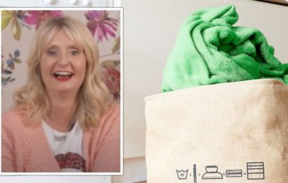 Lynsey Crombie shares best way to wash blankets – how to keep them soft and fluffy