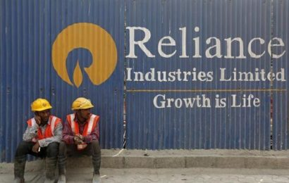 Reliance shareholders vote to demerge oil-to-chemicals business