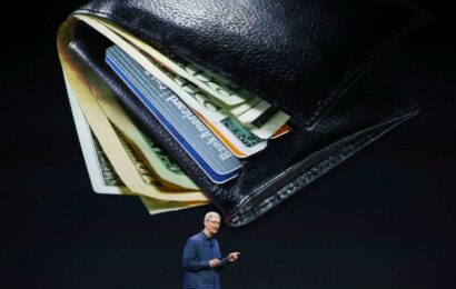 Apple is looking to strike deals with 'alternative payments' providers