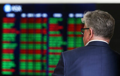Australian shares little changed in early trade as markets in China, Japan remain shut