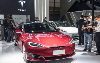 Autopilot likely not engaged in Texas Tesla crash, NTSB report says