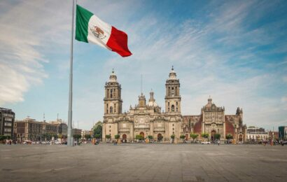 Doomed Mexico City now 'unstoppably sinking' with some parts now falling half a METRE a year