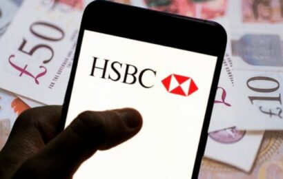 HSBC is offering customers £125 – Britons urged to act fast as deal ends this week