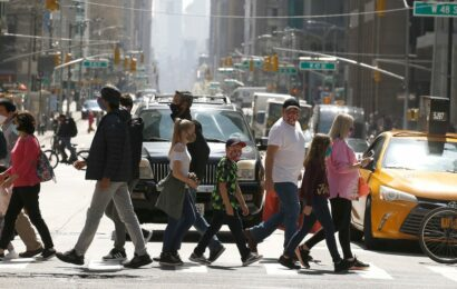 New York City wants to offer tourists free COVID-19 vaccines as it prepares for a full reopening this summer
