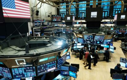 New York Stock Exchange says it will ease trading floor restrictions