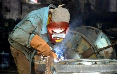 'Q2 manufacturing expectations drop'