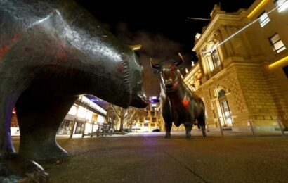 European stocks inch higher as global markets assess inflation spikes