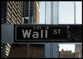 Futures Point To Broadly Lower