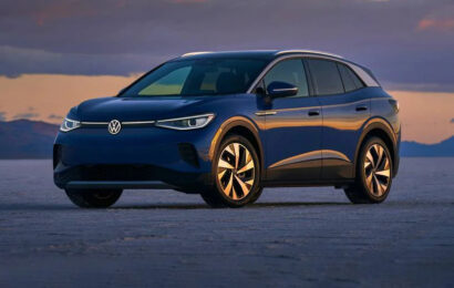 In EV News: Tesla's 5-Year Lead, VW's New ID.4 Launch and More