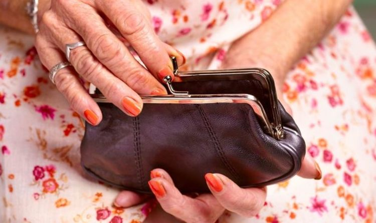 State pension: Warning as 'low' sum leaves millions at risk of 'inadequate' income