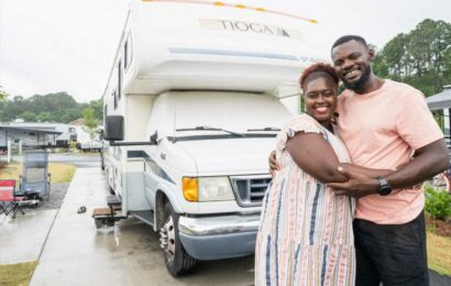 This family sold their house to live in an RV—now they earn over $80,000 a year traveling across the US