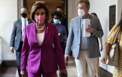 Pelosi says Biden doesn't have power to cancel student debt